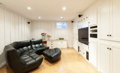 desain home theater ruang sempit