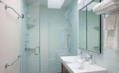 desain interior kamar mandi kecil ukuran 1 x 2