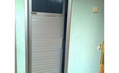 desain pintu kamar mandi sederhana minimalis