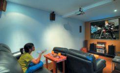 desain sederhana ruang home theater