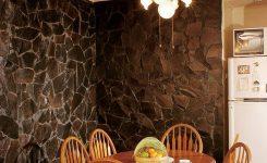 desain tembok dengan batu kali