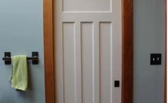 ide desain pintu kamar mandi kayu