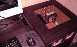 meja komputer build up untuk gaming